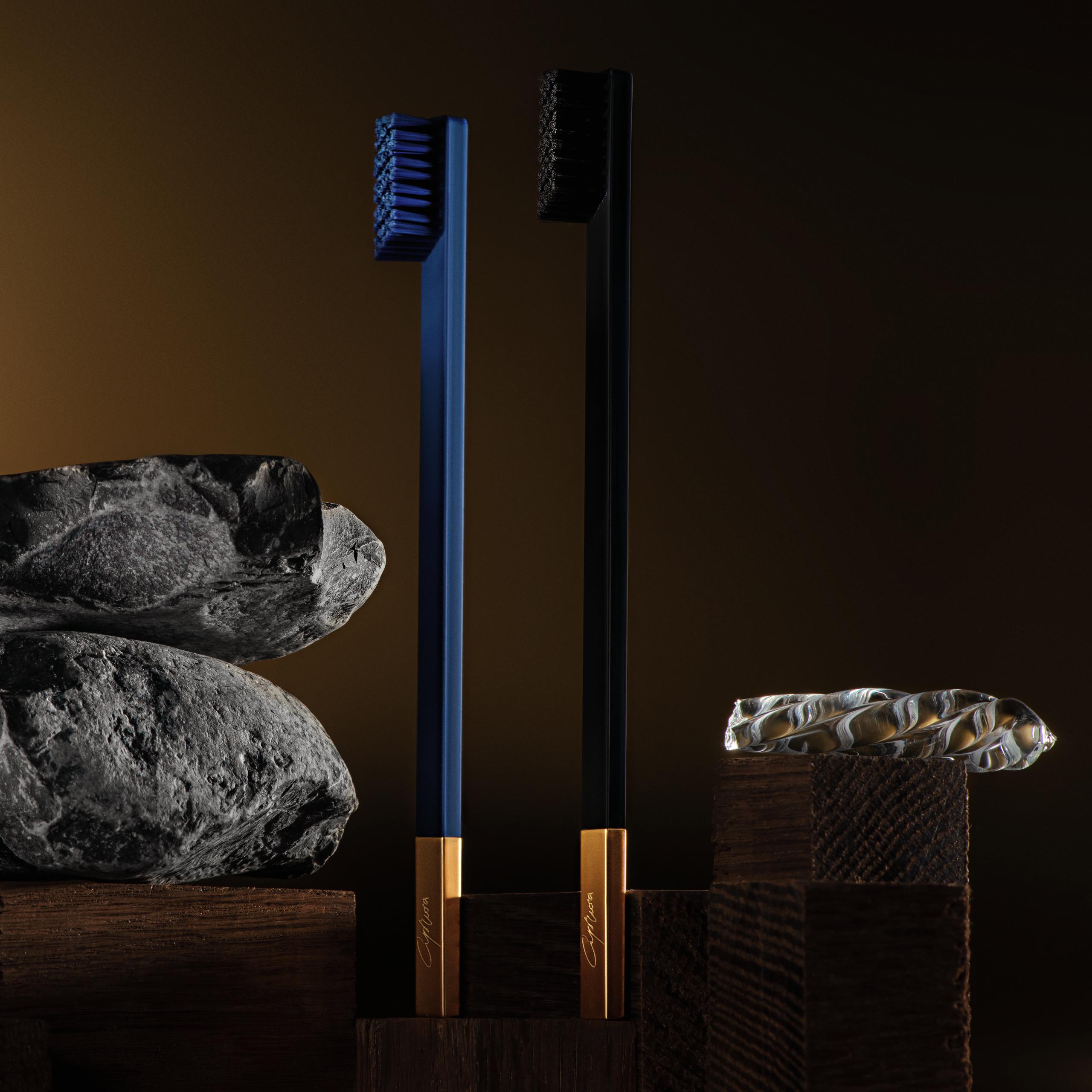 SLIM by Apriori sapphire & black designer toothbrushes